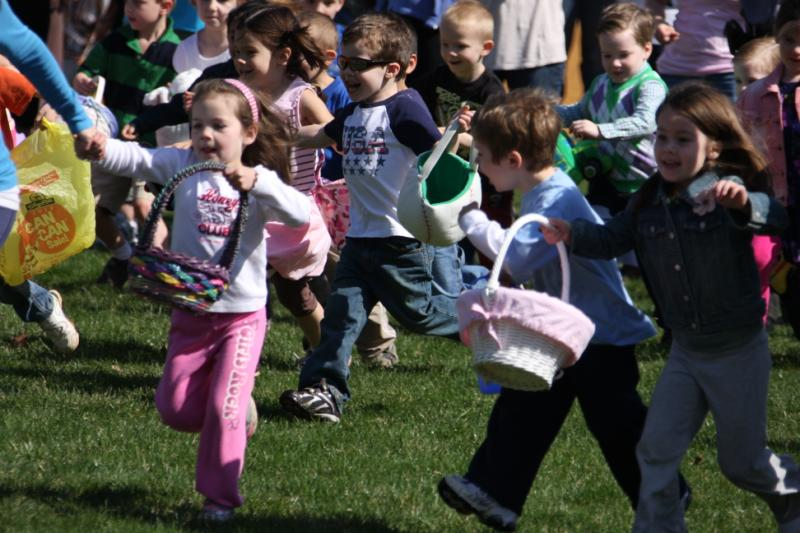 Young children having fun at the Easter event 2